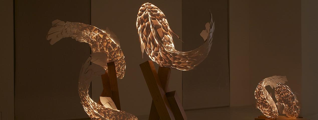 FRANK GEHRY: FISH LAMPS - <p>Gagosian Gallery Paris</p>