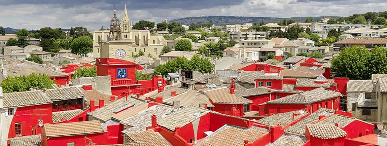 Marseille provence 2013 felice varini double disc salon de provence chateau de l 39 emperi - Chateau salon de provence ...