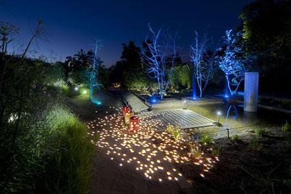 Nocturnes d 39 t au festival international des jardins de chaumont sur loire - Jardin romantique nuit perpignan ...